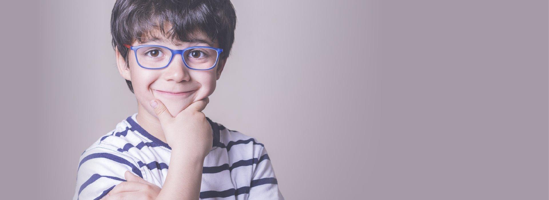 Comment choisir vos lunettes de vue pour bébé et enfant   - Vue d Enfant 78e60f303462